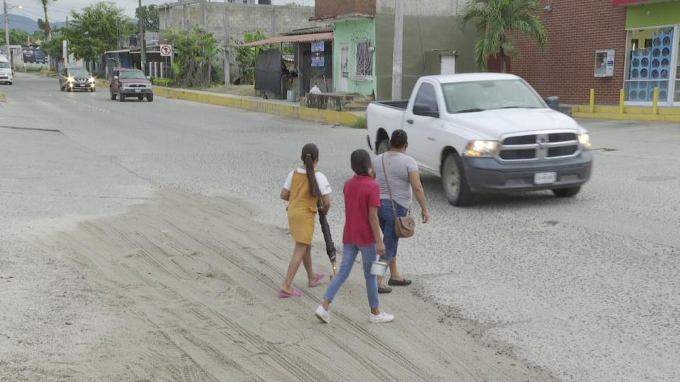 Peligroso crucero vial en San Vicente en Bahía de Banderas
