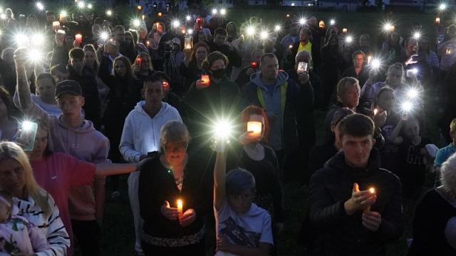 Se reúnen en apoyo a víctimas de tiroteo