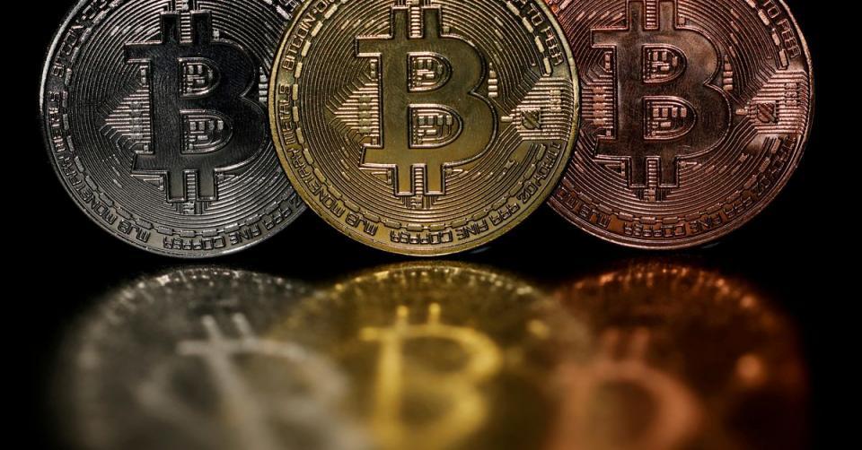 El valor del bitcoin supera los 50.000 dólares desde mayo
