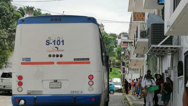 Usuarios molestos por falta de camiones en el Centro