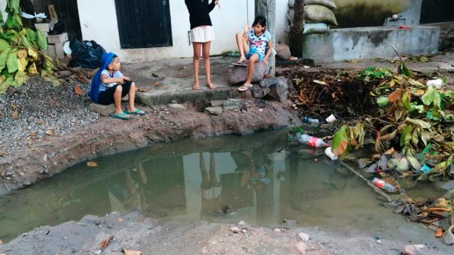 Vecinos de San Esteban se ahogan en arroyo de aguas negras