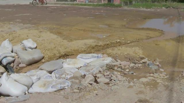 Peligrosa erosión en el Camino a Playa Grande