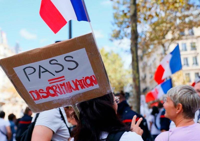 Nuevas manifestaciones en Francia contra el pasaporte sanitario
