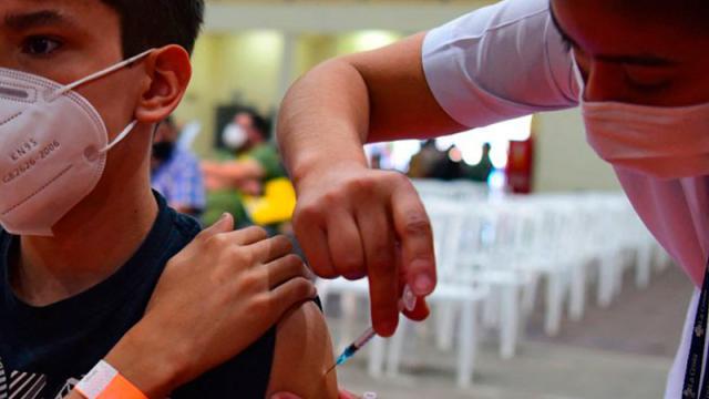 Mañana vacunan a los primeros adolescentes amparados en Jalisco