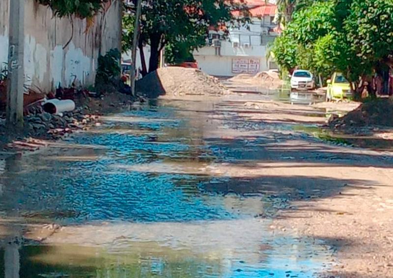 Ve hotelero riesgo para Vallarta por fugas de drenaje