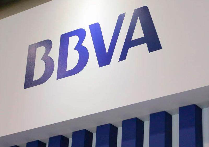 Por falla de 15 horas, BBVA anuncia compensación a sus clientes