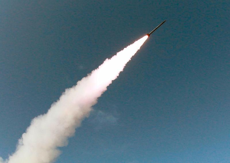Corea del Norte dispara proyectil y defiende derecho a probar armamento