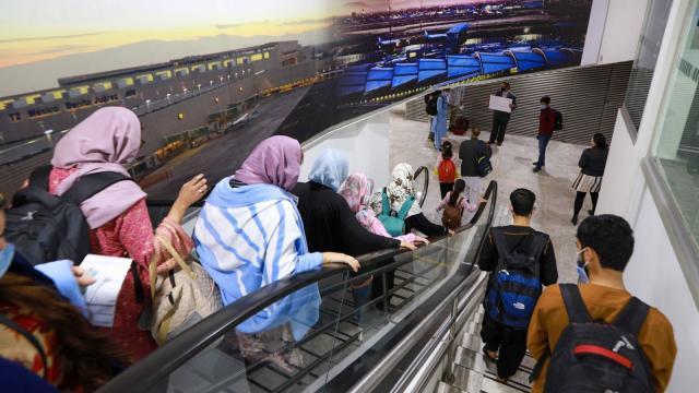 Refugiados afganos llegando a México