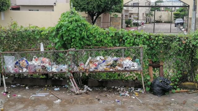 Aseo publico deja basura en Las Palmas
