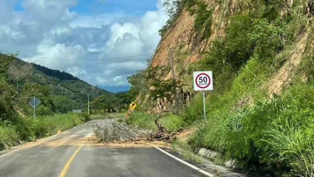 Mejoras en carretera 544