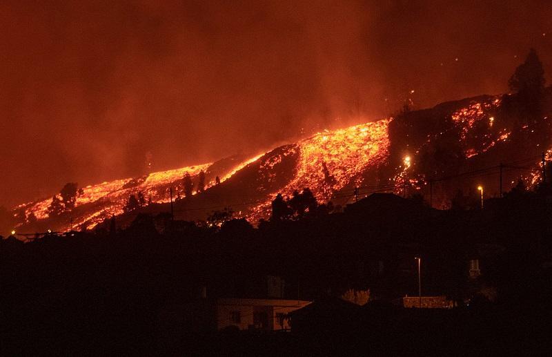 Erupción de volcán en canarias