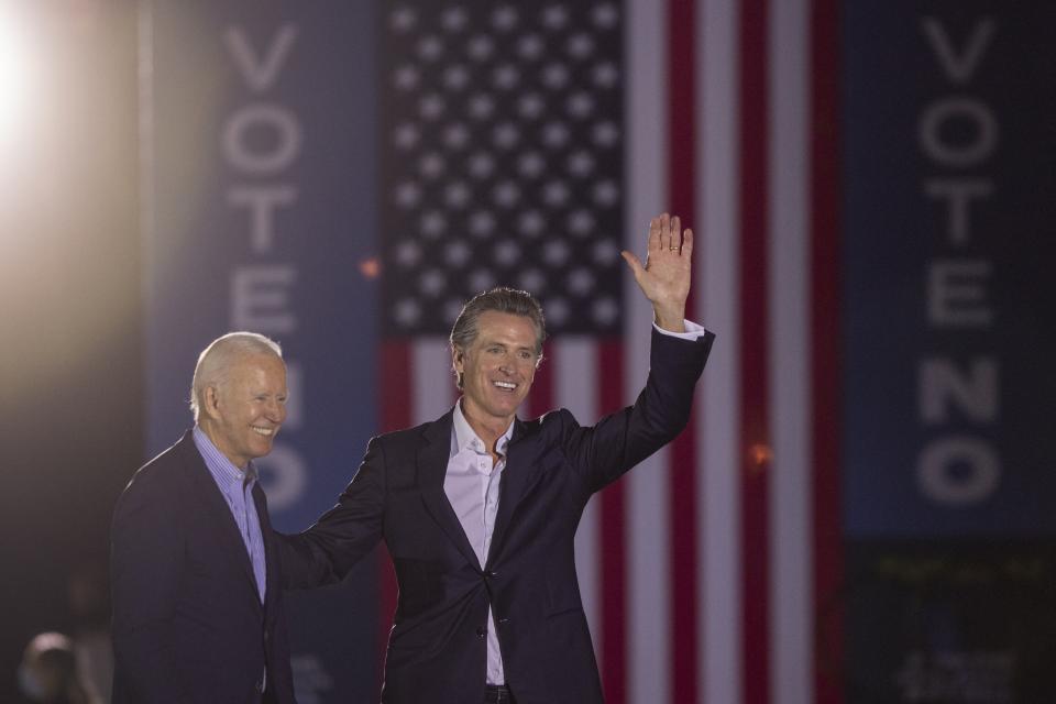 Joe Biden acude al rescate del gobernador de California.