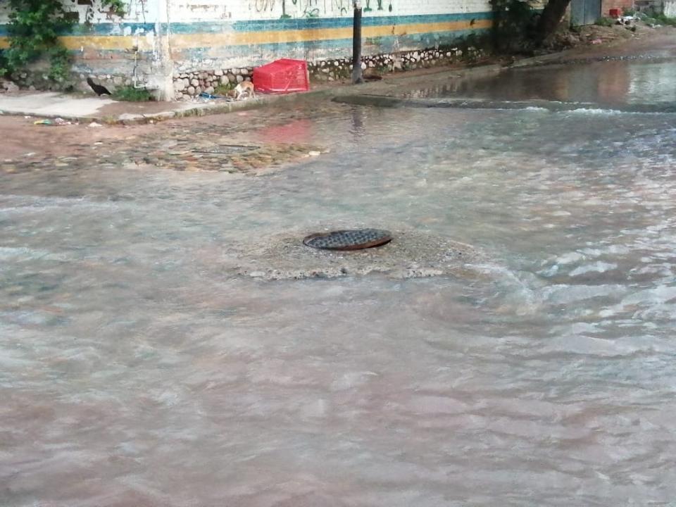 Aguas negras en villa de guadalupe