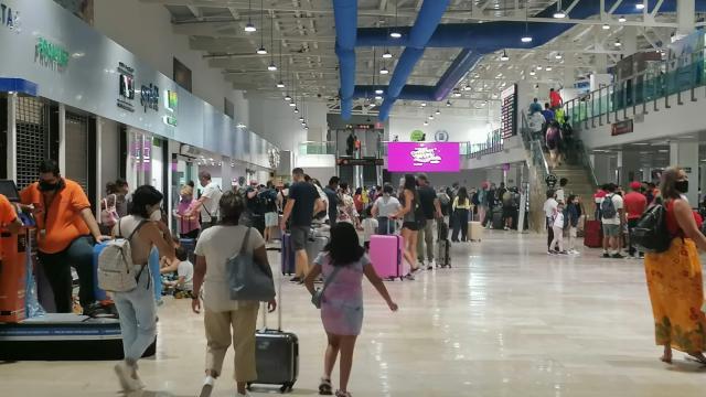 Más de mil 300 vuelos se esperan en Vallarta este mes