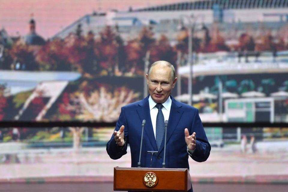 El presidente ruso Vladimir Putin en conferencia de prensa desde Ciudad de Moscú.