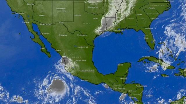 Pamela a Mazatlán, advierten a Vallarta riegos por tormentas