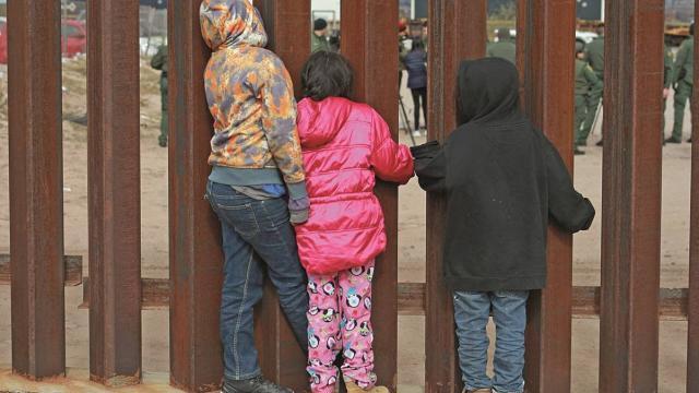 Niños en frontera